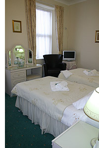 Bed And Breakfast In Babbacombe At The Coombe Court
